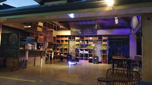 The Flying Fish Hostel, Dumaguete, Negros island