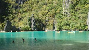 Island hopping tour from Outpost hostel, El Nido, Palawan